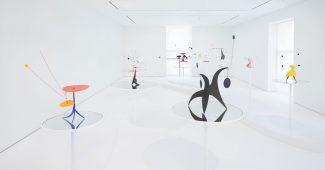 Installation view of Alexander Calder: MULTUM IN PARVO, with exhibition design by Santiago Calatrava, at Dominique Lévy New York (April – June 2015)