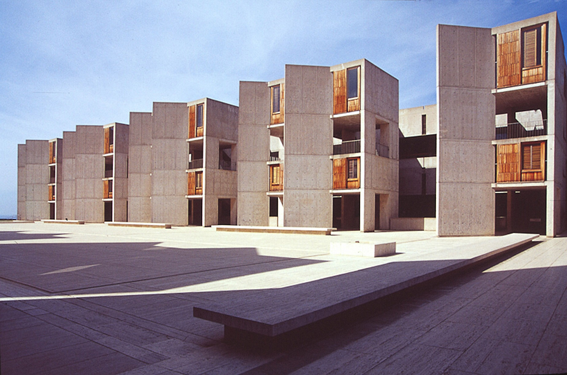 an analysis of the louis isadore kahn and the salk institute Louis kahn, salk institute, plans & section pinterest explore louis kahn, architecture drawings, and more louis isadore kahn - laboratorios salk y richards.