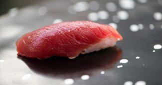 Chef Nakazawa's lean tuna nigiri