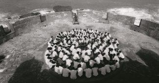 A still from Shirin Neshat's film Rapture (1999)