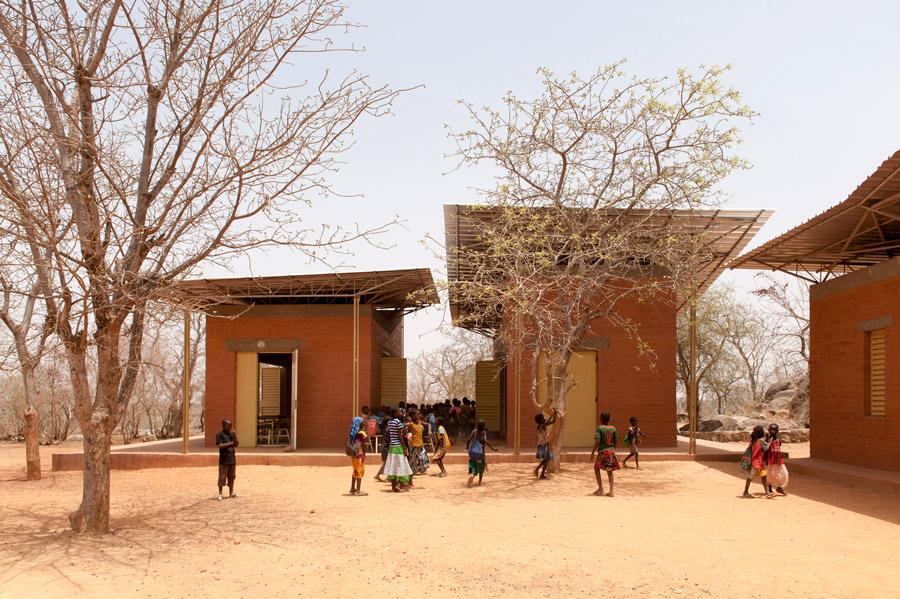Laongo Opera Village